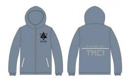 旅游管理专业一班藏蓝色风衣班服图案设计